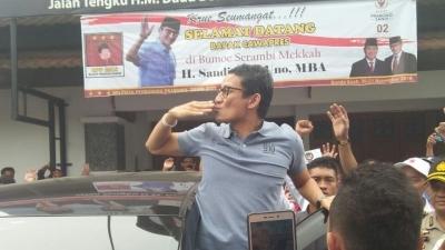 Sandiaga Uno Mainkan Politik Warung Kopi di Aceh
