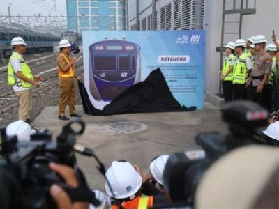 Anies Resmikan Ratangga sebagai Nama Kereta MRT