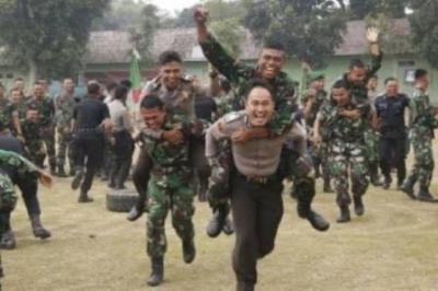 TNI-Polri Tetap Satu Jaga NKRI