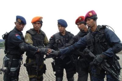 Wahai Separatis, TNI-POLRI adalah Aparat NKRI