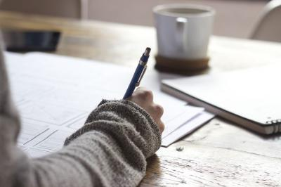 Menjaga Konsintensi dalam Menulis
