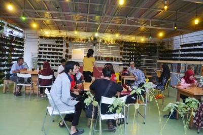 Cafe Makanan Sehat, Lasem Sky Garden Jogja