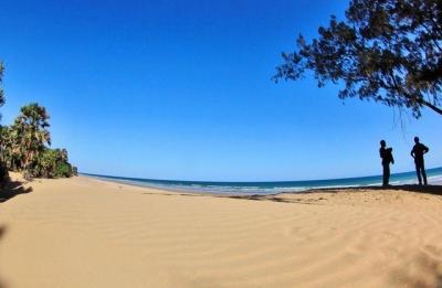 Pantai Oetune, Keindahan di Balik Savana Timor