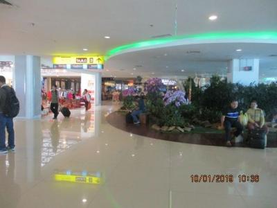 Membandingkan I Gusti Ngurah Rai dengan Bandara Internasional Lain