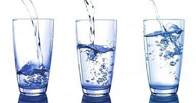 Mitos Minum 2 Liter Air per Hari
