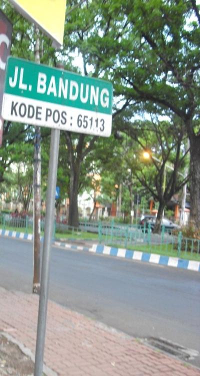 Menyoal Kebijakan Parkir 30 Derajat di Jalan Bandung Kota Malang