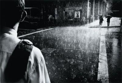 Mengapa Hujan Membuat Malam Menjadi Tidak Romantis