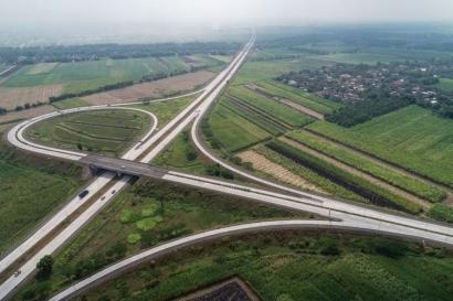 Benarkah Jalan Tol yang Dibangun Jokowi Hanya untuk Kebutuhan Sesaat?