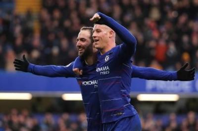 Menang atas Huddersfield, Ini Kata Sarri tentang Higuain dan Hazard