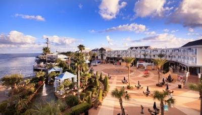 """""""Kemah Boardwalk Marina"""", Konsep Wisata Laut dengan Kapal-kapal Pesiarnya di Houston"""