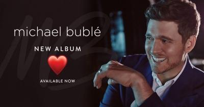 """""""Love"""", Kembalinya Michael Bublé lewat Album Penuh Ungkapan Cinta"""
