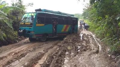 """""""Kue Infrastruktur"""" yang Belum Dinikmati Warga Kabupaten Sanggau"""