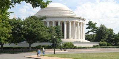 Cerita Arsitektural dari Bangunan Memorial Thomas Jefferson