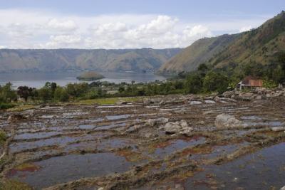 Desa Tipang, Pilihan Destinasi Wisata Sejarah di Sekitar Danau Toba