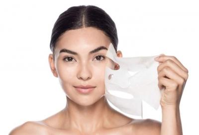 Suka Pakai Sheet Mask? Ikuti Langkah Berikut untuk Dapatkan Hasil yang Maksimal