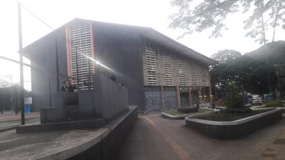 Taman Dilan dan GOR Saparua