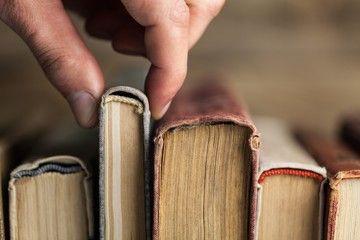 Mengukur Ketersambungan Pembaca dengan Karya Sastra