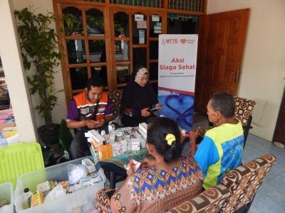 Pasca Banjir Trenggalek, Rumah Zakat Adakan Aksi Siaga Sehat untuk Warga