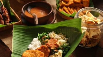 Ragam Nasi Pecel dari Jawa Timur yang Menggugah Selera