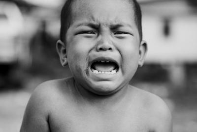 Mitos Vs Fakta, Bayi menangis Didiamkan Dulu Agar Paru-parunya Sehat