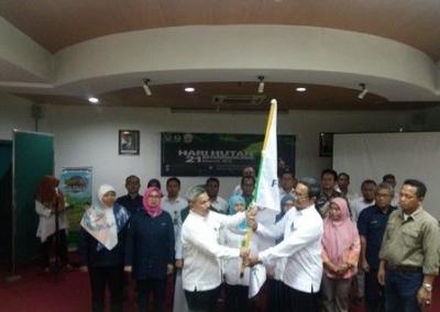 Pengukuhan Pengurus Forsi LHK Sulsel Periode 2019-2022 dan Seminar 'Edu Talk' Berlangsung Meriah