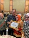 Provinsi DKI Jakarta Raih Penghargaan Kontribusi Hibah Terbesar Tangani PMKS