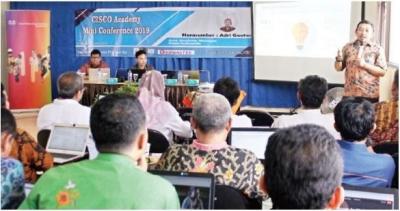 CISCO Bantu Instrukturnya Update Teknologi!