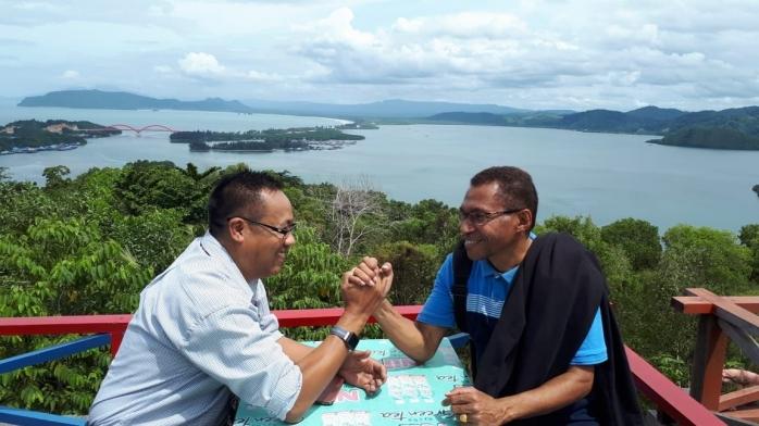 Pesona Bukit Jokowi dan Limpahan Rezeki bagi Keluarga Korwa di Jayapura