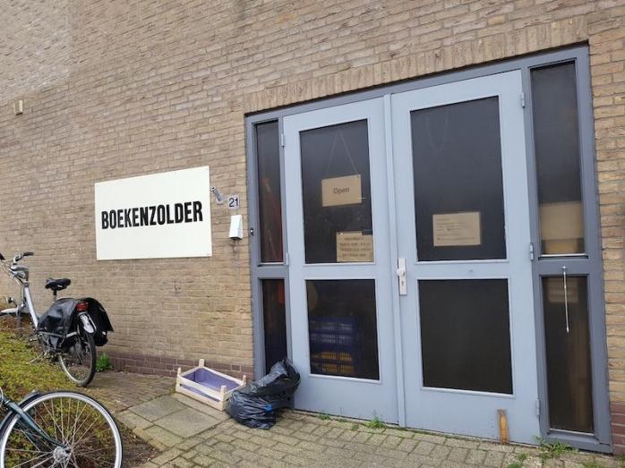 Surga Buku Bekas di Leiden