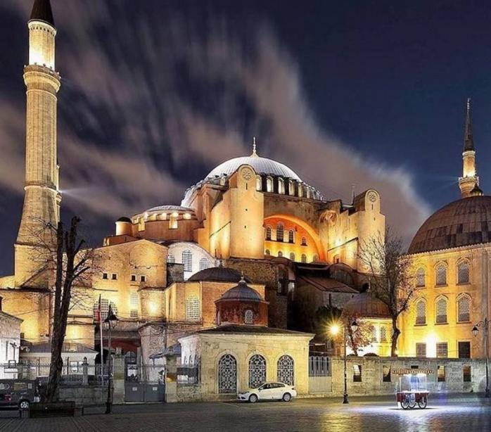 Wacana Erdogan Kembalikan Status Hagia Sophia Menjadi Masjid
