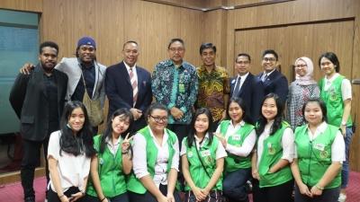 "Apresiasi Kementerian Lingkungan Hidup dan Kehutanan untuk ""Earth Week"" UPH"