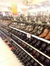 Mahasiswa Ilmu Komunikasi'18 UNIBI Menyukai Produk Sepatu Cibaduyut
