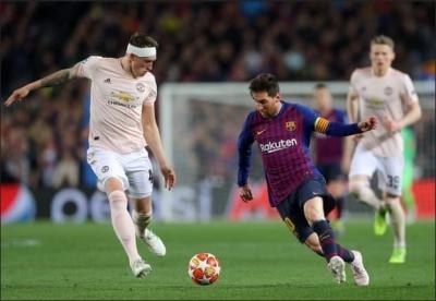 3 Hal yang Membuat MU Gagal Membendung Barcelona