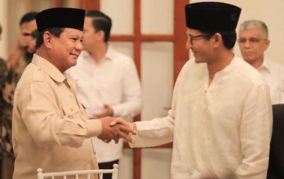 Tepis Keretakan, Prabowo-Sandi Tetap Mesra