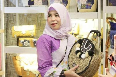 Ketua Dekranasda Bantaeng Hadiri Inacraft 2019 di Jakarta