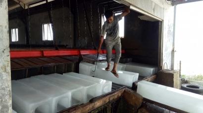 Nelayan Tanoh Anoe Muara Batu Desak Dinas Kelautan dan Perikanan Fungsikan Pabrik Es