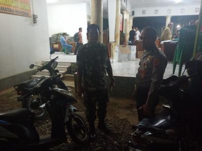 Koramil dan Polsek Mayong Bersinergi dalam Pengamanan Rekapitulasi Hasil Perolehan Suara Pemilu 2019