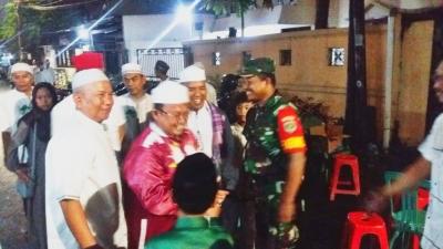 Babinsa Koramil 03/GP dan Tiga Pilar Hadiri Peringatan Isra Mi'raj di Tanjung Duren Selatan