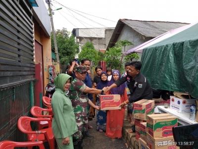 Bukti Kepedulian Sosial, Koramil 07/Kembangan Berikan Donasi Bagi Korban Banjir