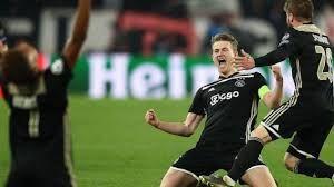 Ajax Bersinar