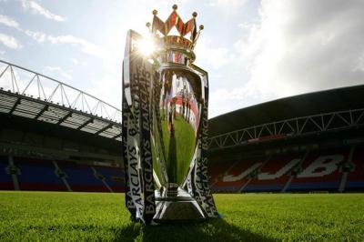 "Trofi Premier League yang ""Membelah Diri"" di Pekan Terakhir"