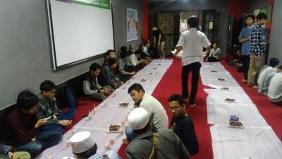 Paket Kombo Ramadan Sambut Mahasiswa Indonesia di Mesir