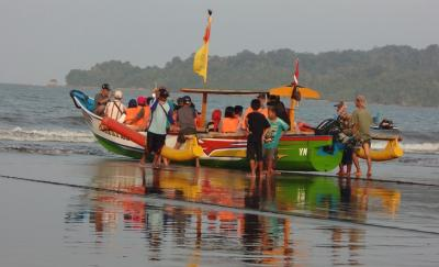 Teluk Penyu bukan Pariwisata Pemkab Cilacap