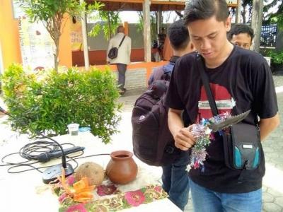 Urusan Lebaran, Edy Setia Belanja Pakai BCA Mobile