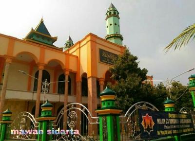 """Masjid Gumeno, Pusara Giri, dan Pasar Bandeng Gresik Jadi Lokasi Wisata """"Recomended"""" Saat Ramadan"""