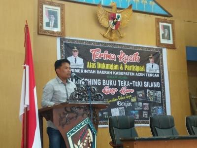 "Jalan Panjang Kamarudin ""Perjuangkan"" Pelestarian Bahasa Gayo Lewat Buku TTS"