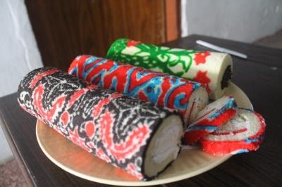 Pengusaha Kue Bolu Batik yang Andalkan Fintech Demi Persaingan Pasar