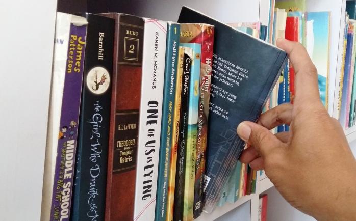 Perlukah Orangtua Merazia Buku Anak-anak?