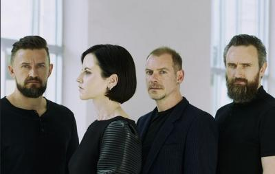 """In the End"" dari The Cranberries adalah Album Pamungkas yang Penuh Memori"