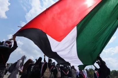 Berempati pada Nasib Palestina, Warga Kumpulkan Donasi